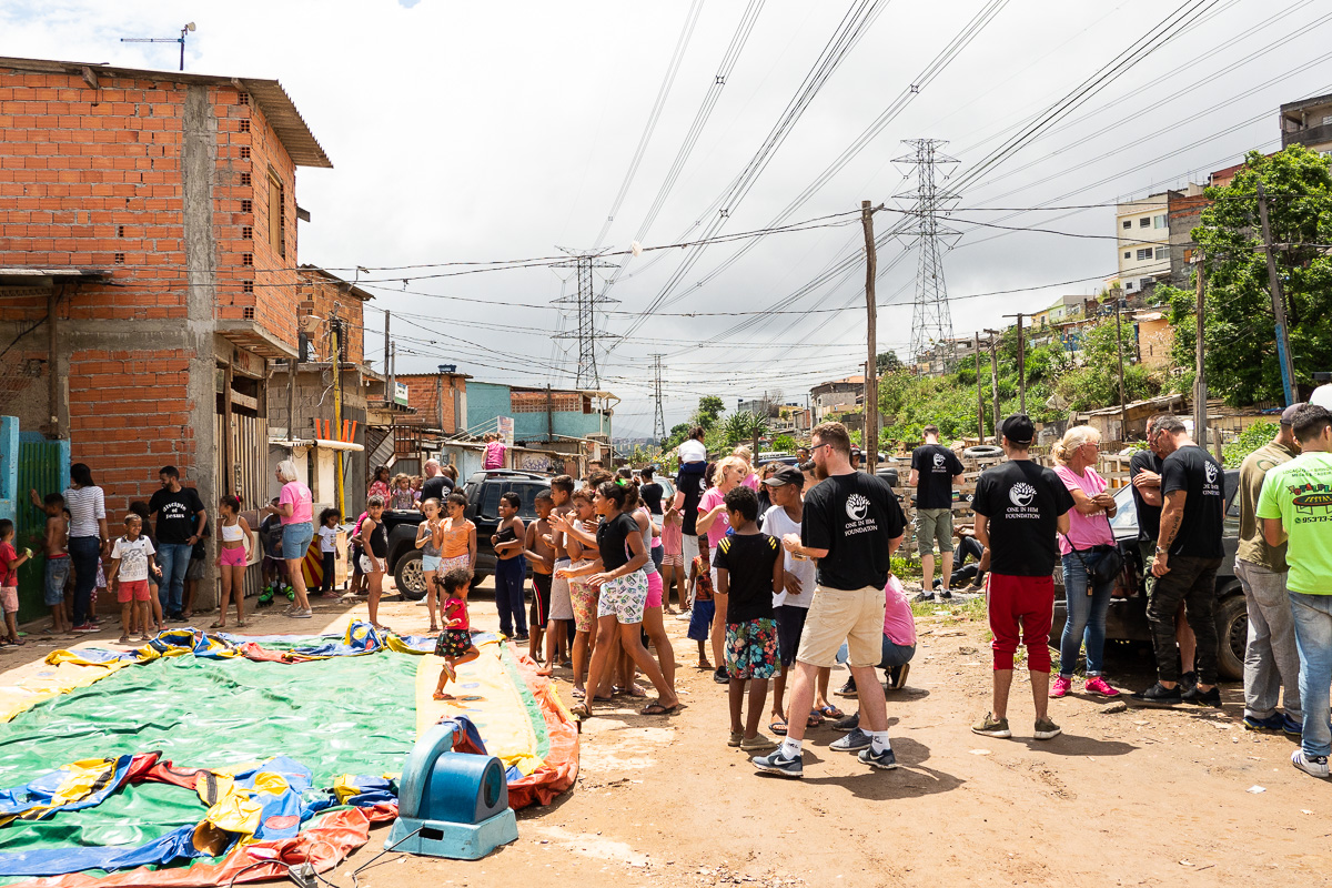 Brazilie-favela-sao-paulo-missiereis-one-in-him-foundation-10